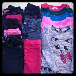 14 Piece Lot of Toddler Girls Clothes 2T